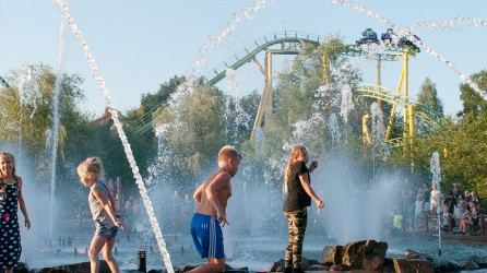 Toverland header waterpret